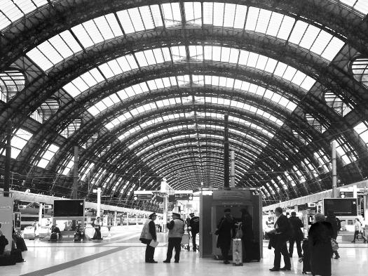 iPhone capture of La Spezia, Italy train station